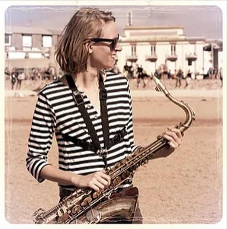 Célia . Sax Ténor