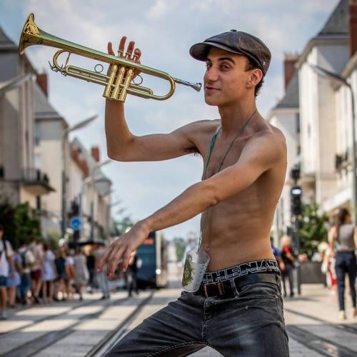 Antonin . Trompette