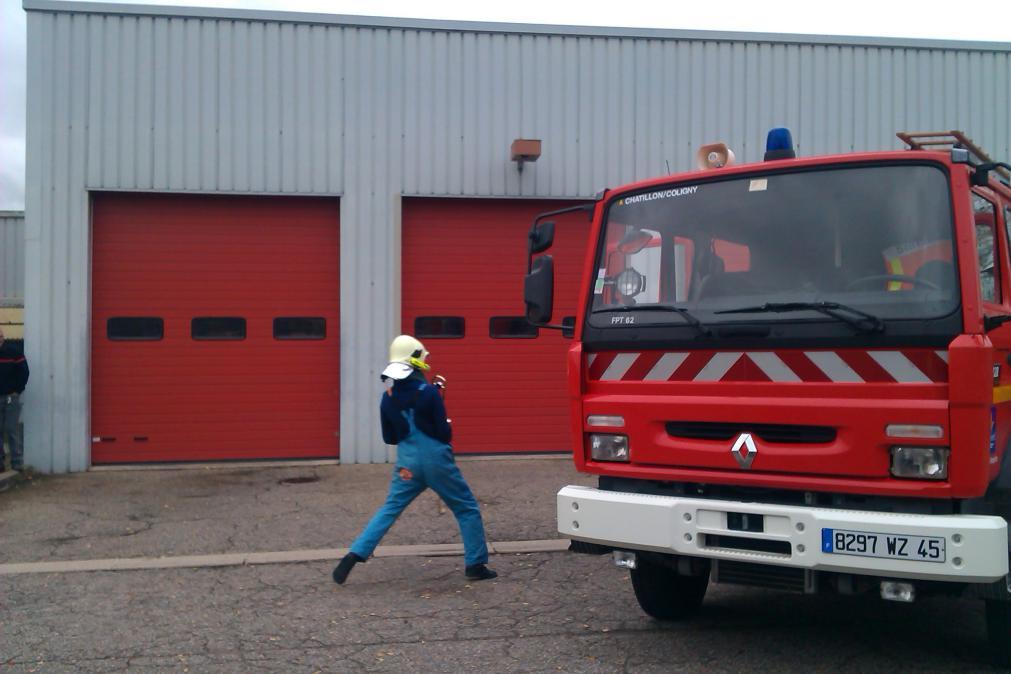 Manu, appelé d'urgence pour éteindre le feu
