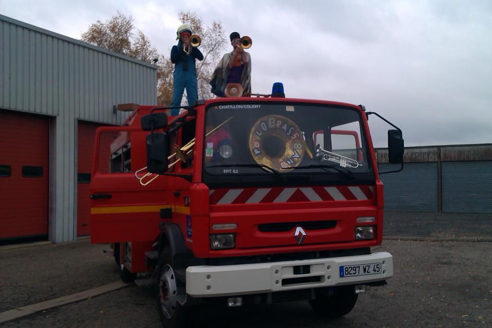 Fabien et Manu prêts à s'envoler pour éteindre l'incendie
